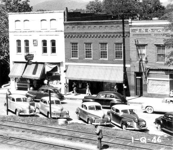 The Missildine Drug Store and adjacent buildings in the 1940s. (photo submitted).